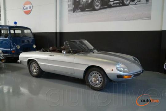Alfa Romeo Spider 1600 - New paint (1979) - 1