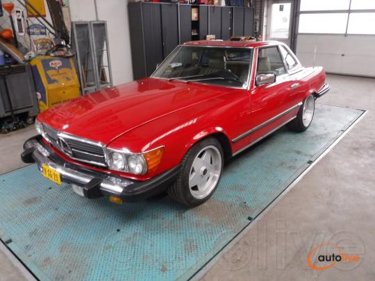 Mercedes-Benz 380SL Roadster red - 1
